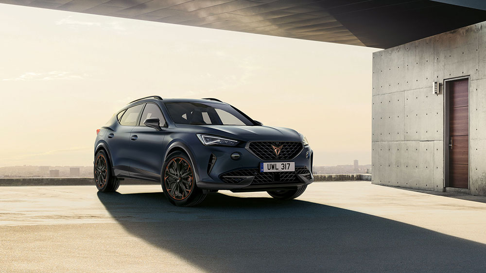 new cupra formentor with remote access and tracking via mobile app